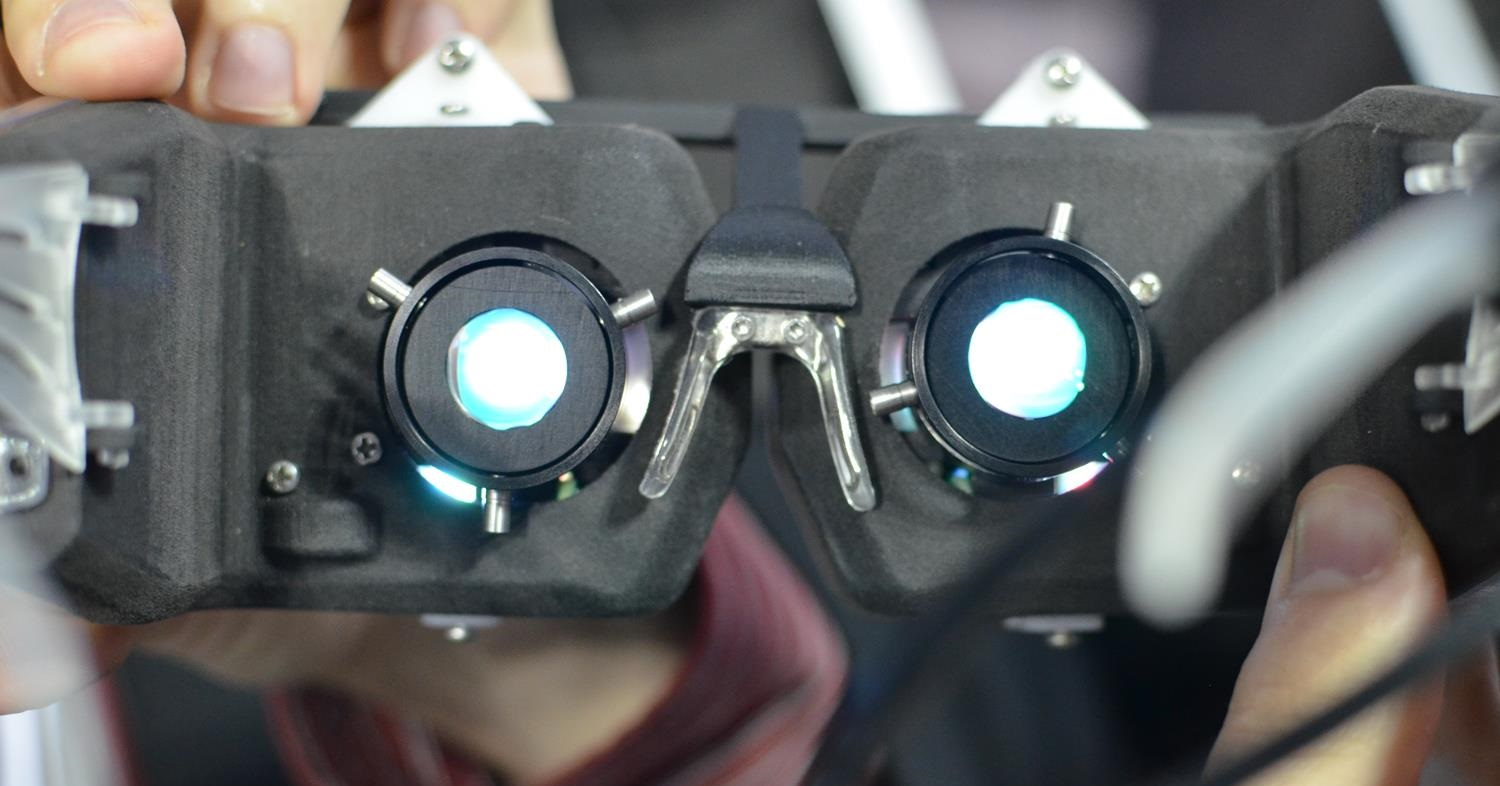 Avegant Virtual Retinal Hmd Hands On And Ceo Interview Video