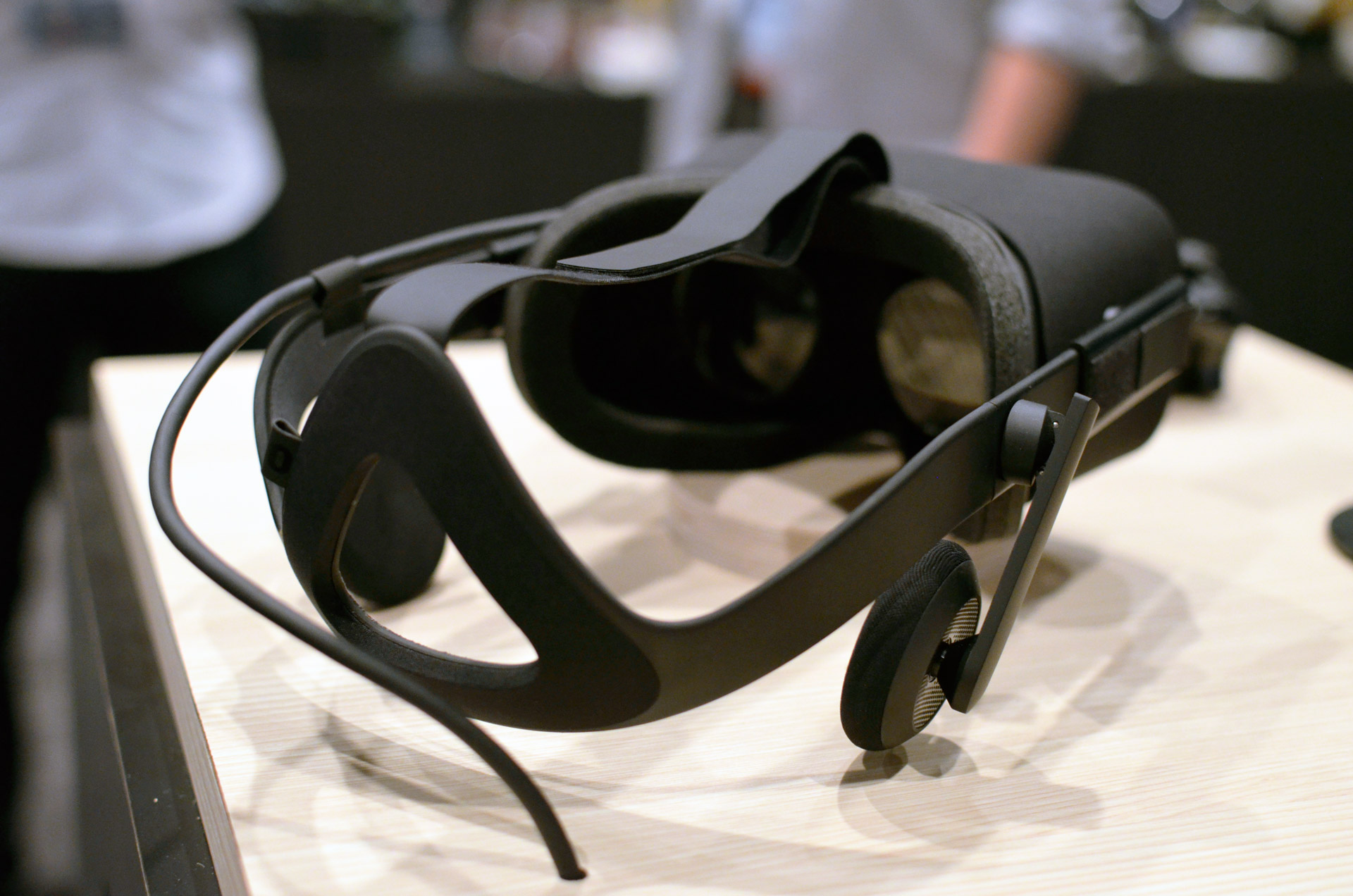top 5 things we still don u0026 39 t know about the consumer oculus