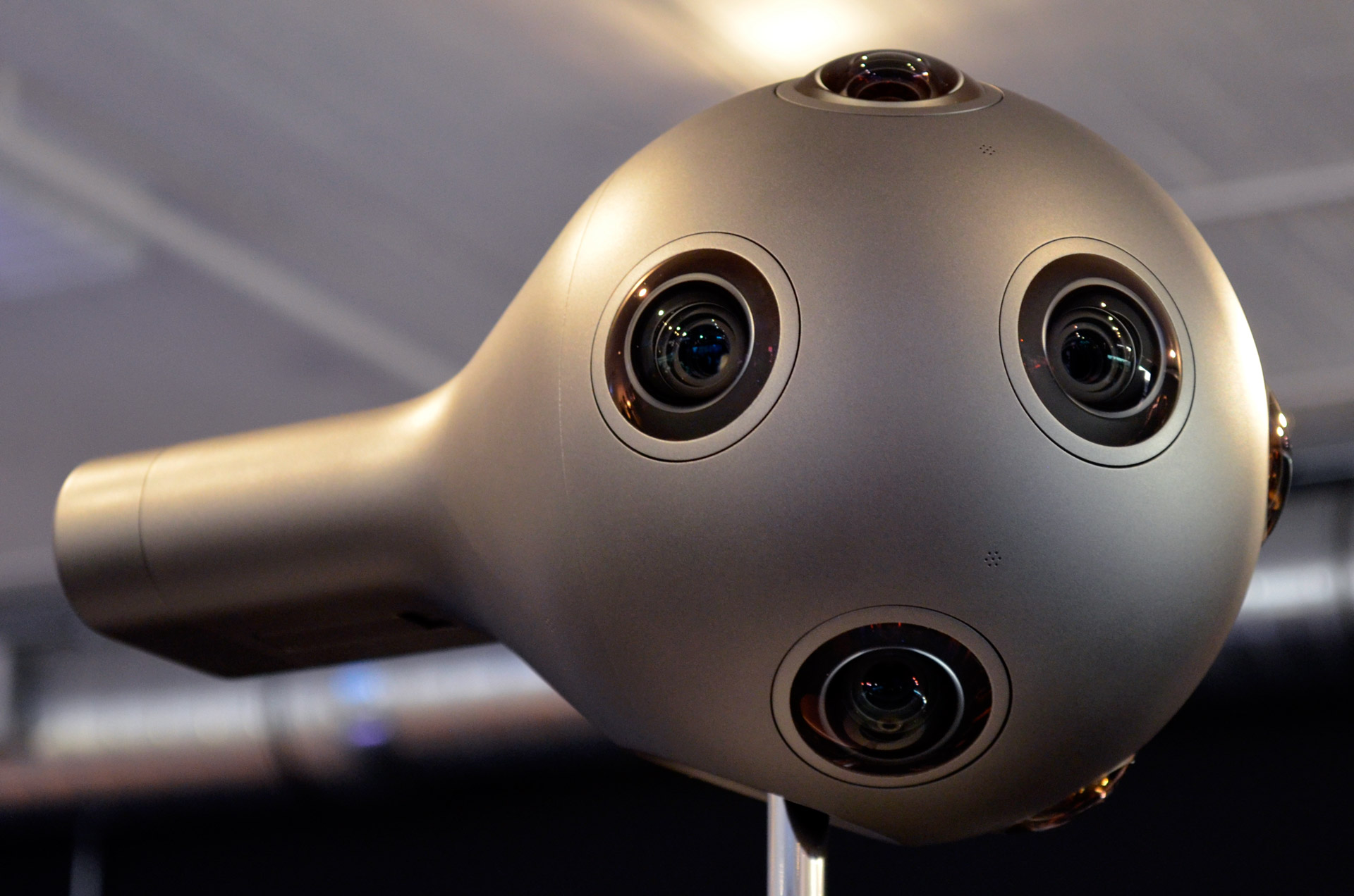 nokia ozo close side