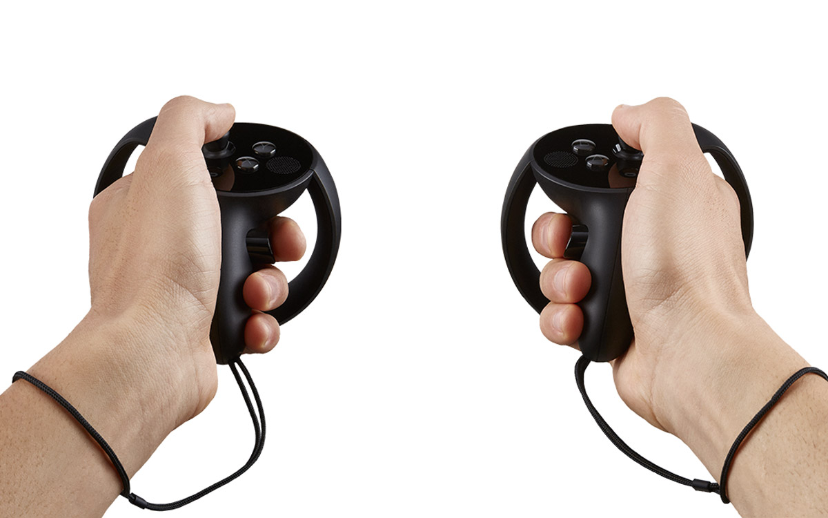 New Oculus Touch Photos Show Unidentified Feature