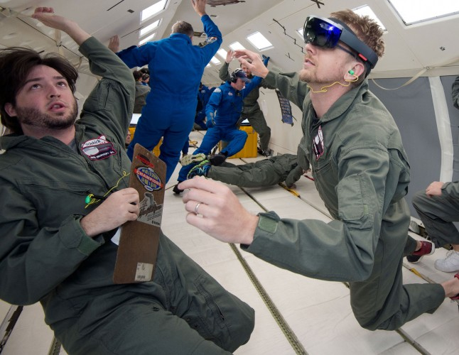 microsoft-hololens-nasa-weightless-wonder-c9