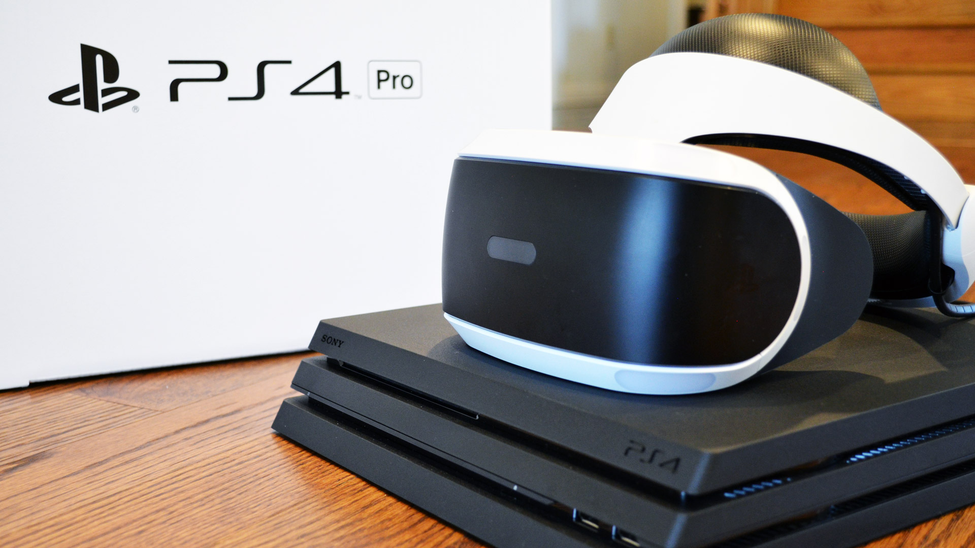 PlayStation VR on PS4 Pro vs  PS4 Comparison Review