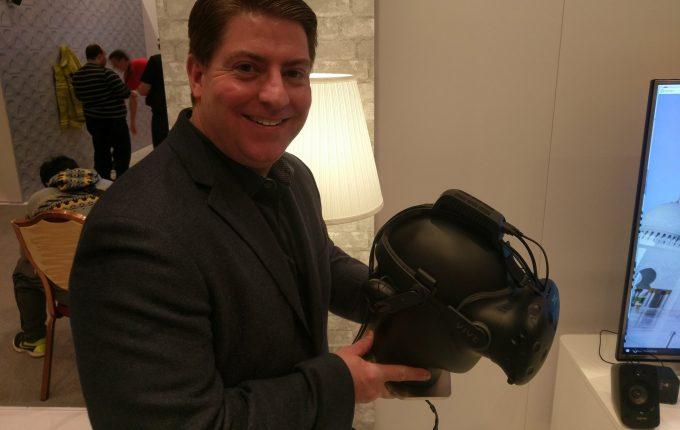 htc-vie-deluxe-headstrap-tpcast-wireless