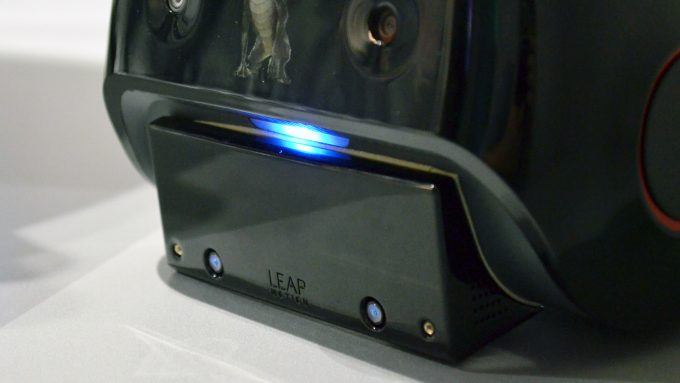 qualcomm vrdk leap motion hand tracking (2)