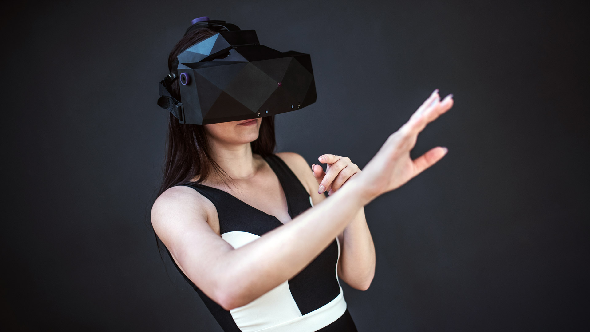 VRgineers Reveals Improved 'XTAL' Professional VR Headset