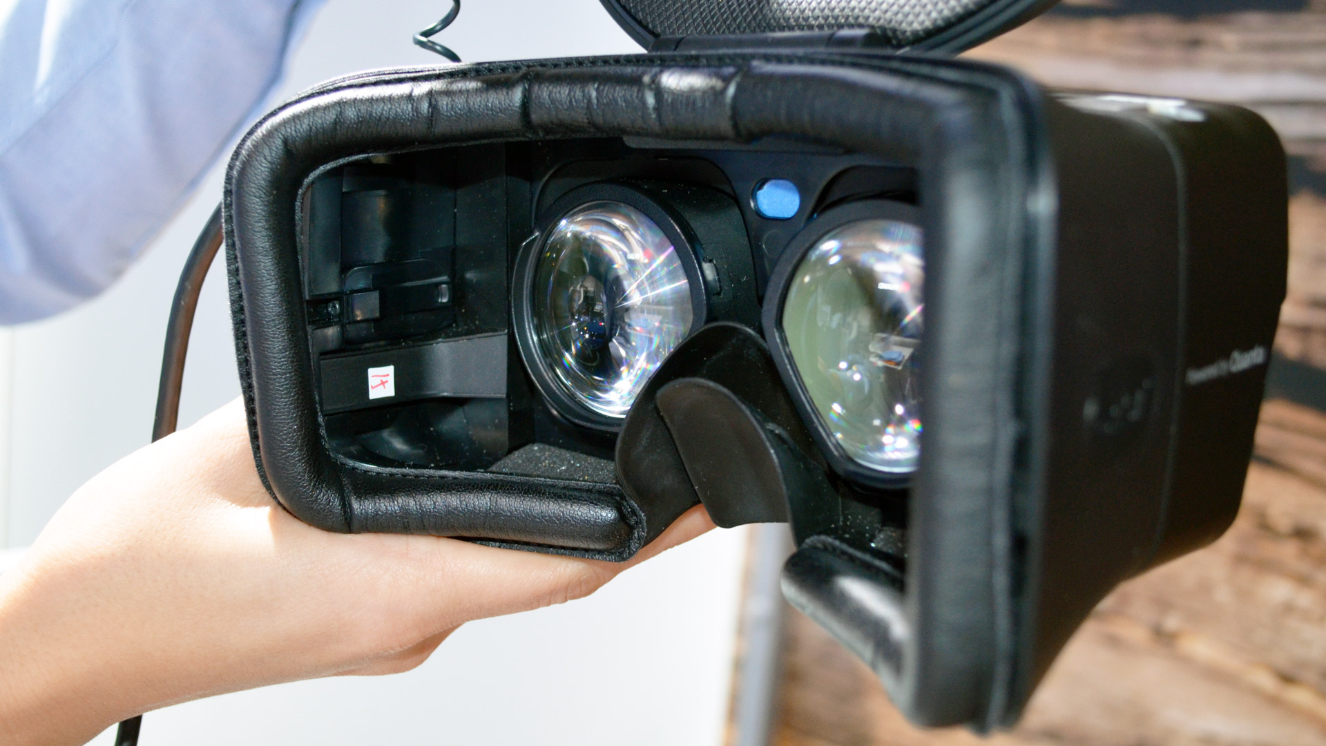 CES 2019: Qualcomm VR Reference Headset Has 2x Pixels of