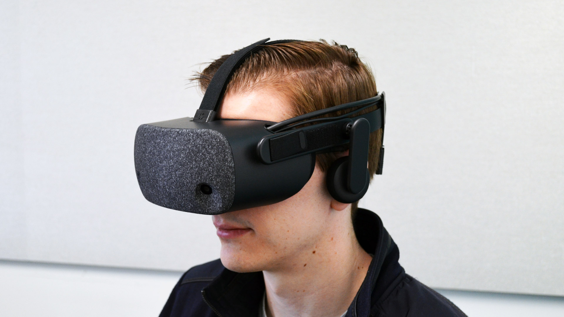 HP's Pixel packed 'Reverb' Sets a New Bar for Windows VR