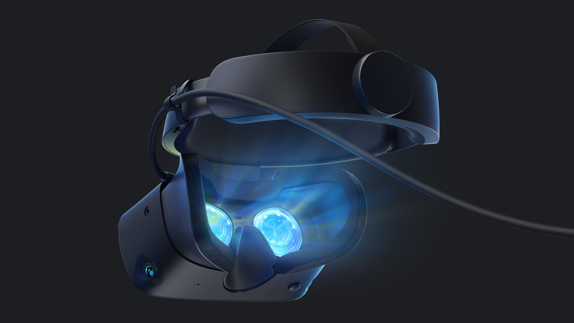 Rift S Isn't the Headset Fans Want, But Facebook Wagers It's